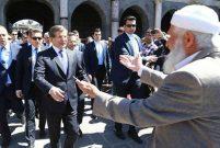 Davutoğlu: Sur'da evim olsun istiyorum