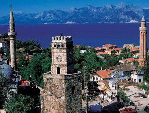 Antalya'da apart daireler öğrenci evi oldu
