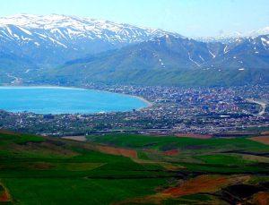 TCDD, Bitlis'te üzerinde düğün salonu olan arsa satıyor