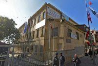 Beşiktaş'ta iki üniversitenin arasında kiralık bina!