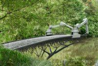 Amsterdam'da mucizevi köprü