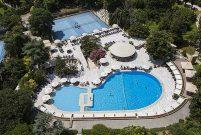 Hilton İstanbul Bosphorus'da indirimli havuz üyelikleri