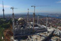 Çamlıca Camii'nin kubbesi kapandı
