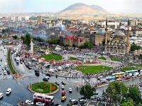 Kayseri'de dönüşüm için yıkımlar başladı