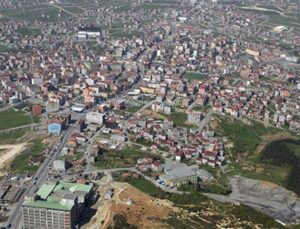 Arnavutköy'de 8,2 milyon TL'lik 3 arsa