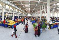 Kayaşehir'in kapalı pazarı açıldı