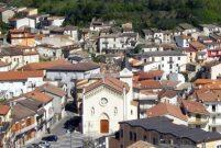 İtalya'da başkandan satılık kasaba