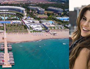Maxx Royal Resorts, Selena Gomez'i ağırlayacak