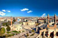 Sivas'ta 2 milyon TL'ye 320 metrekare işyeri