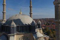 Edirne'de 27 tarihi yapının kurşunları bakıma alındı