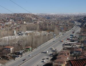 Ankara'da 5 milyon TL'ye 3,7 dönüm arsa
