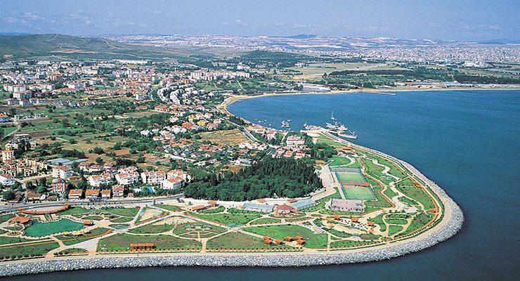 Tuzla'da 4,7 milyon TL'ye satılık iki arsa
