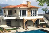 Abramoviç'in KKTC'deki villaları için zenginler kuyruğa girdi