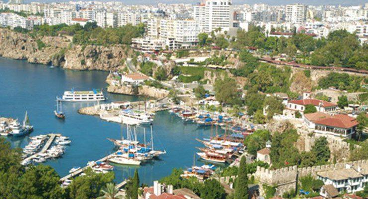 Antalya Aksu'da 1,1 milyon TL'ye 3 arsa