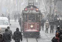 Beklenen kuvvetli ve yoğun kar yağışı İstanbul'a geliyor