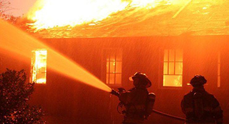 Türk girişimcilerin ürettiği 'yanmayan ev' test edilecek