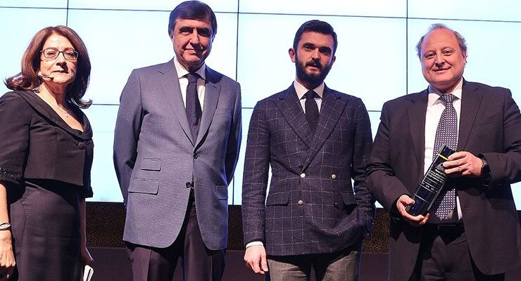 DKY'ye The One Awards'tan En Başarılı Marka ödülü