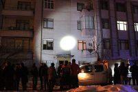 Konya Selçuk'da sarsıntı oluşan apartman boşaltıldı
