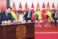 Erdoğan'dan Mozambik'e TOKİ modeli önerisi