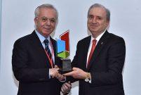 Türkiye İMSAD'da bayrağı Ferdi Erdoğan devraldı