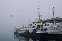 İstanbul'da sis ulaşımı engelliyor