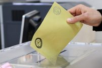 Anayasa değişikliğine yüzde 51 oyla Evet