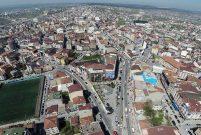 Arnavutköy Belediyesi 2 arsa ile 3 konut satıyor