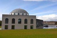 Danimarka'nın ilk kubbeli ve minareli Türk camisi açıldı