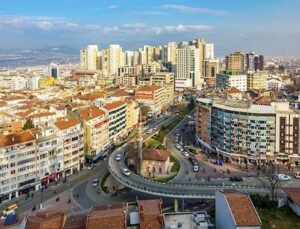Bursa'da dönüşen binaların önü açılıyor