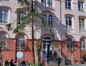 İBB Beyoğlu'ndaki 2 okulun restorasyon işini ihaleye çıkardı
