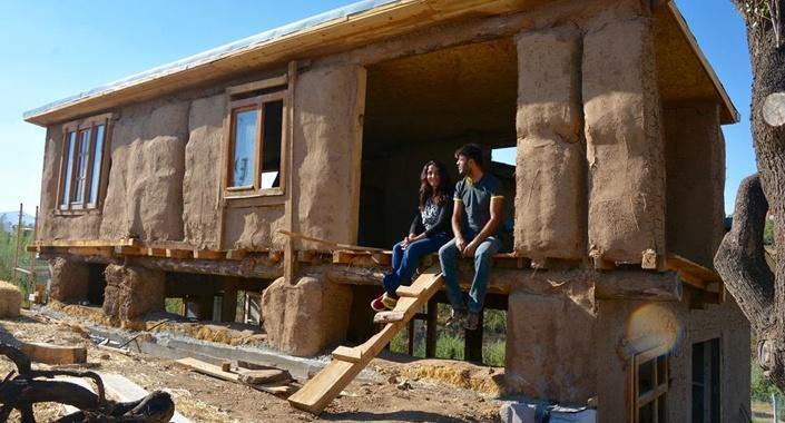 Natürel ev hayalleri saman ve çamurla gerçekleşti