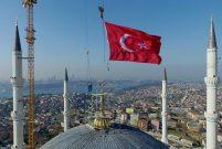 Emlak Konut'tan Çamlıca'ya 12 milyon 500 bin TL'lik bağış