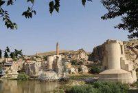 Hasankeyf'teki tarihi yapılar bir bir taşınıyor