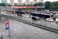 İstanbul'da yollar sular altında kaldı
