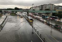 İstanbul'daki yağış barajlardaki suyu yüzde 1 artırdı