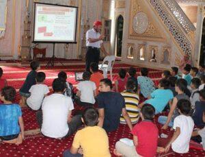 Esenler Belediyesi camide afet bilinci eğitimi verdi