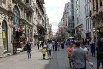 Esnaf İstiklal Caddesi'ni terk etti, dükkanlar boş kaldı