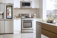 LG buzdolapları, aileleri şaşırtmaya devam ediyor