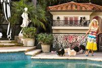 Paris Hilton köpeklerine 350 bin dolarlık villa yaptırdı