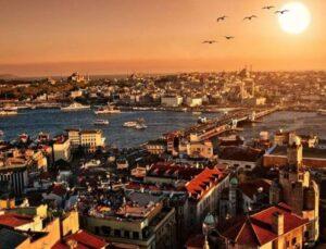 Arap turistler, İstanbul'a akın ediyor