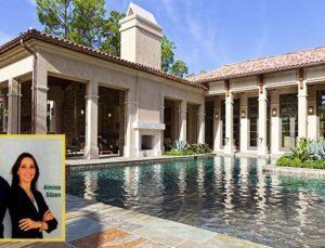 Almila – Efe Gözen Çifti Amerika'da ev sahibi yapıyor
