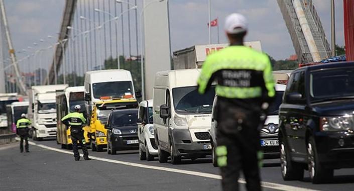 30 Ağustos sebebiyle İstanbul'da trafiğe kapatılacak yollar