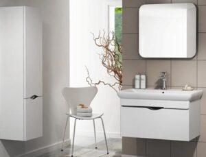 Banyo dekorasyonunda gri beyaz trendi