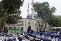 Mevlüt Uysal: Eyüp Sultan cazibe merkezi olacak