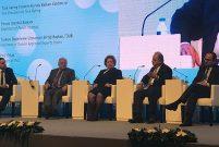 CNR Emlak Zirvesi'nde gayrimenkul yatırım araçları konuşuldu
