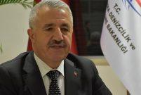 Bakan Arslan: 2017'yi rekor yolcuyla kapatacağız