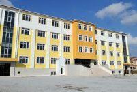 İstanbul Valiliği 12 okulu yeniden inşa ettiriyor