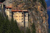 Sümela Manastırı'ndaki bilinmeyen şapeller de ziyarete açılıyor