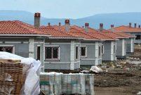 Depremzedeler kalıcı konutlara geçmek için gün sayıyor