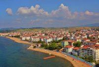 Yalova Çiftlikköy'de belediye 13 arsa satıyor